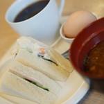 カフェ ド ヴァン - 料理写真:サンドイッチモーニング コーヒー代のみ400円♪