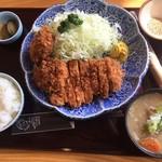 58504454 - ヒレとロースのトンカツ定食¥1680+豚汁¥100