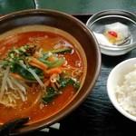 三国軒 - 担々麺