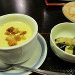 5851275 - ランチに付いていた小鉢&スープ