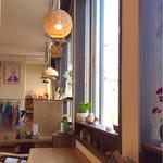 58515089 - カフェから販売スペースを