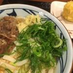 丸亀製麺 - ネギと生姜をIN!!