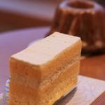 ロトス洋菓子店 - たまごのショートケーキ
