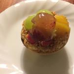 お菓子の館マロン - 料理写真:秋のフルーツタルト