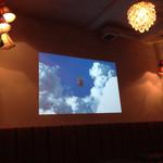 カフェデルソル - ペンダントライトが素敵