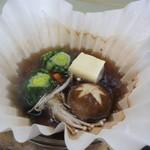 むさし - 鍋物:豚しゃぶ。まずは下に野菜を入れました。