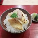 58526342 - 鯛の天ぷらの天茶漬け