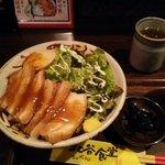 北谷食堂 - ラフティー丼