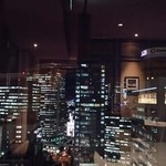 58536749 - 窓から見える夜景