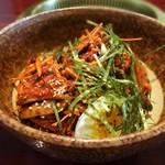 韓国宮廷料理ヨンドン - ビビン麺