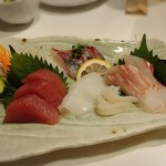 ろばた屋ユメノスケ - ★本日の鮮魚四種盛り