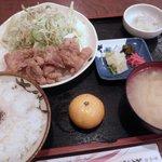 みやたや - から揚げ定食 700円 (2010.10)