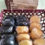 フルールきくや - 黒糖まんじゅう&味噌まんじゅう  各108円