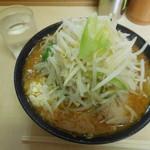 ラーメン二郎 - みそ ¥800- 野菜&にんにく