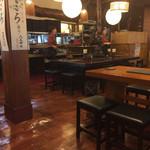 田毎 - 一階テーブル席