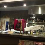 カフェ サンタマリア クラシック - 厨房  左が水出しコーヒーの装置