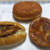 トリシクル - 料理写真:パン3種類