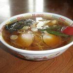 かめたにラーメン - 料理写真:ラーメン 600円