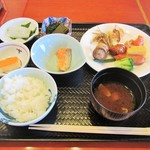 万咲 - 朝食バイキング。和食系