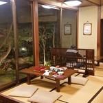 元祖本吉屋 - 「元祖本吉屋」さんの座敷席の様子