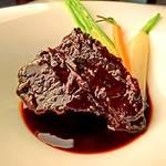 地球星 - 牛ほほ肉の赤ワイン煮
