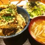 魚串 然 - 魚串丼