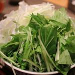 58565893 - ウニしゃぶしゃぶの野菜