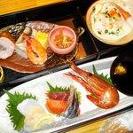 吉祥寺庭宴 - お刺身御膳(刺身5種・珍味6種)