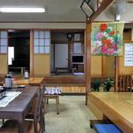 ひさご食堂 - テーブル席(2016年11月)