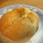 Pecori - 塩バターパン ¥80