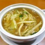 銀座夜市 - ザーサイ肉麺