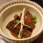 さつま黒豚と郷土料理 青葉 - 鹿児島の郷土料理の「豚骨煮」