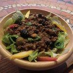 ミルベッソ - 沖縄では珍しいカリブ料理が丼で!お手頃価格!キューバ料理:ピカディージョ丼¥500-