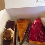 お菓子の家 福茶 - 料理写真:ケーキとロド