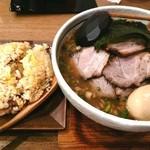 らーめんのフーサワ - ばか盛りちゃーしゅー麺大盛り+味玉+ミニチャーハン