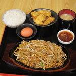 天領屋 - 満腹やきそば定食+温泉玉子800円