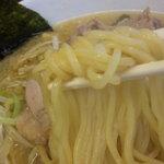 麺処 亀家 - 麺アップ