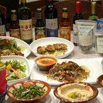 アルミーナ - 料理写真:オーガニックオリーブオイルや各種スパイスは中東諸国から仕入れています。