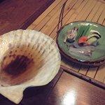 能登半島  郷土料理の宿 さんなみ - いしるの貝焼き