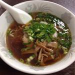 かしわや食堂 - 料理写真:ラーメン¥500