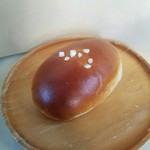 パンとカフェ nagi - 「クリームパン」160円税抜