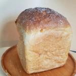 パンとカフェ nagi - 「オレンジ食パン1/2」300円税抜