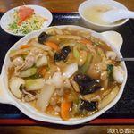 台湾キッチン ユウラ - 中華丼ランチ