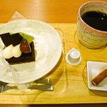 ジャンヌダルクカフェ - 「嶽山(だけやま)」とブレンドコーヒー