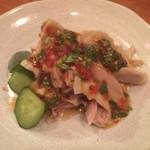 NARI屋 - 蒸し鶏 パクチーソース
