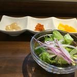 58629934 - サラダとお箸休め