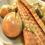 寿伍六` - 玉子、竹の子、里芋、こんにゃく、玉子、生姜天、焼売