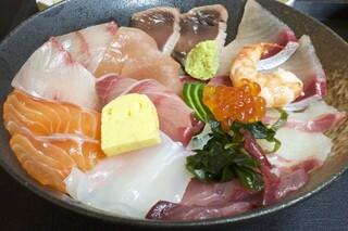 海鮮いづつ - 980円『海鮮丼定食』2016年11月吉日