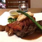 Avenue Steak & Lobster - 料理写真:ステーキとロブスターテール