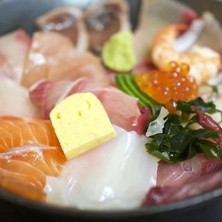 海鮮いづつ - 料理写真:980円『海鮮丼定食』2016年11月吉日
